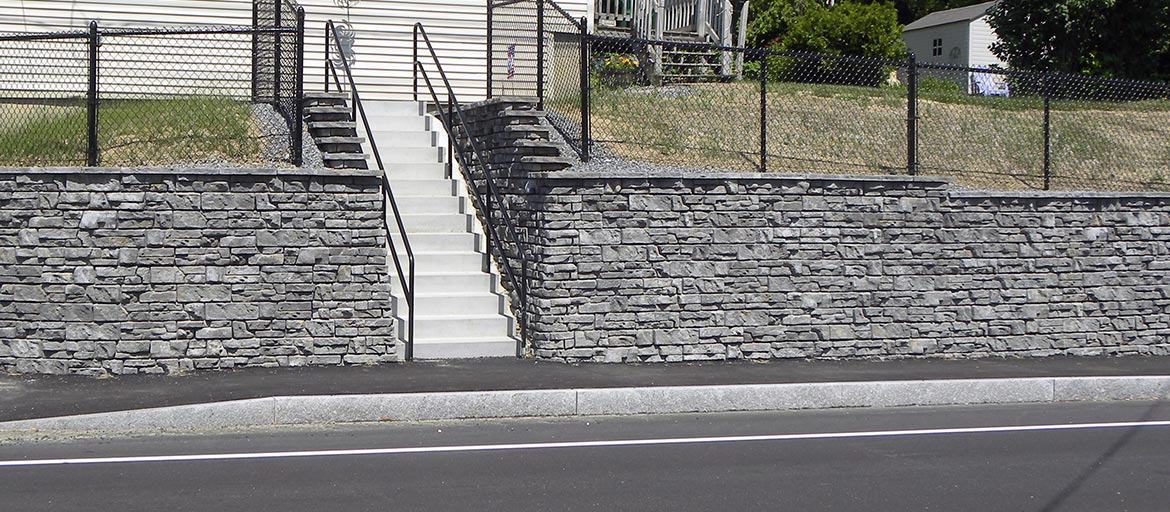 Redi Rock R Of Central Maine Is A Manufactures And Distributor The Large Block Scapes Small Retaining Free